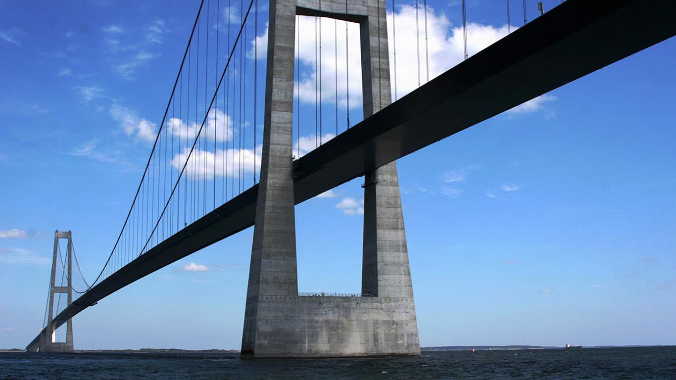 Под мостом Большой Бельт