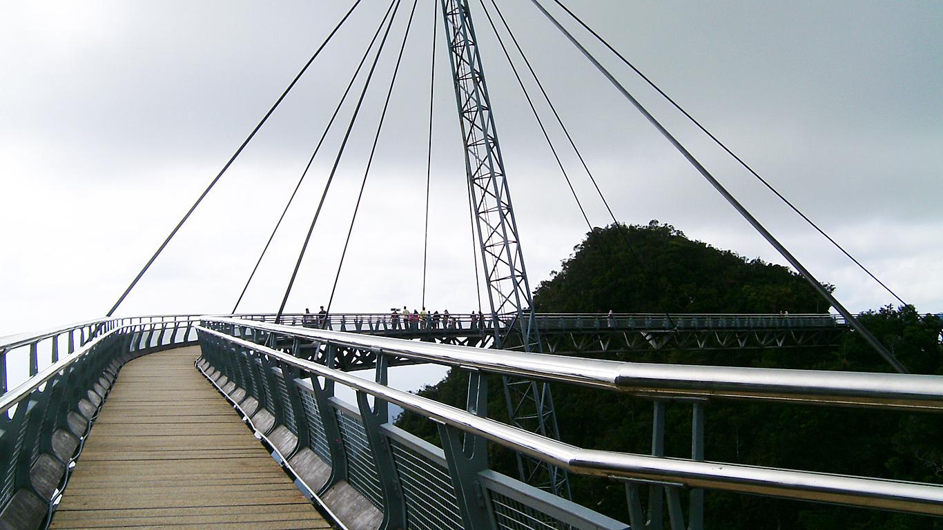 На Небесном мосту Лангкави