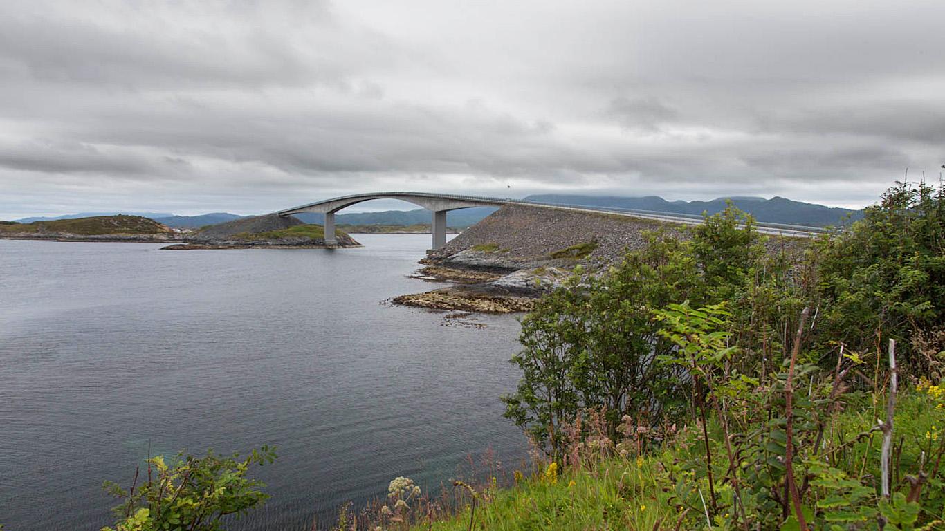 Сторсезандетский мост издалека
