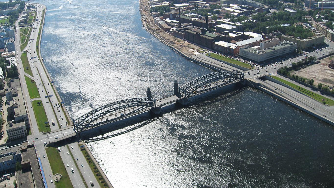 Большеохтинский мост с высоты