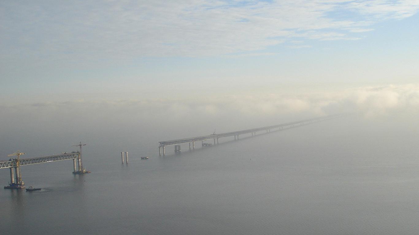 Президентский мост в Ульяновске сверху