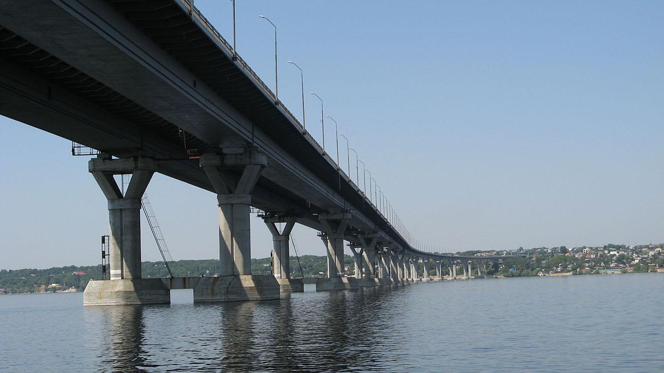 Арки Нового Саратовского моста