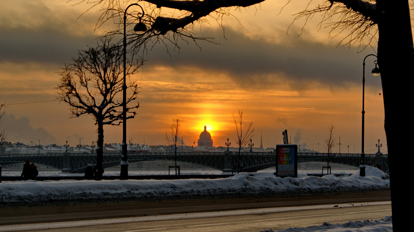 Троицкий мост на закате
