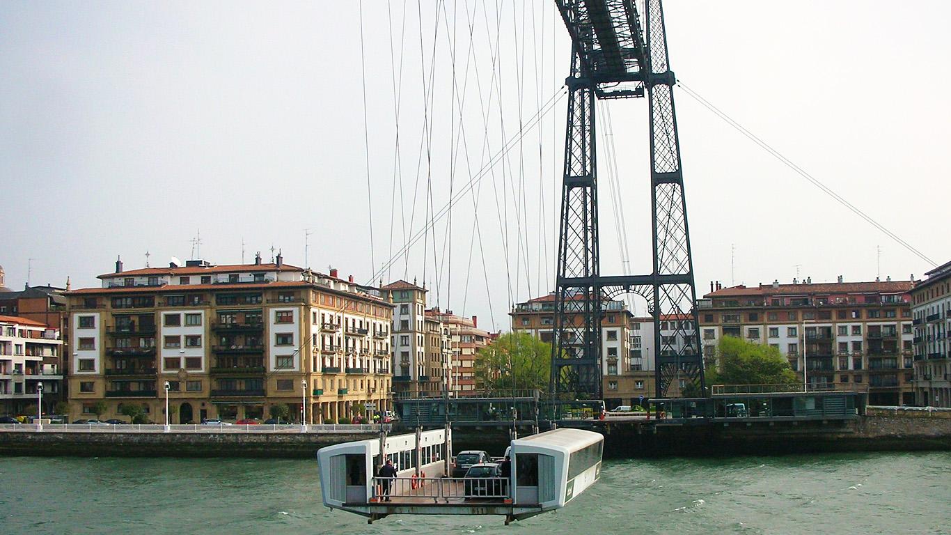 Паром и Бискайский мост
