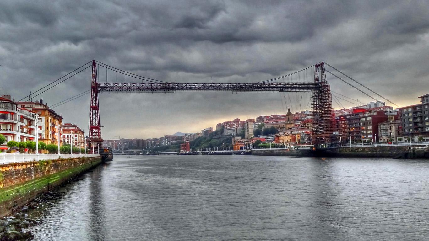 Вид с реки.Бискайский мост