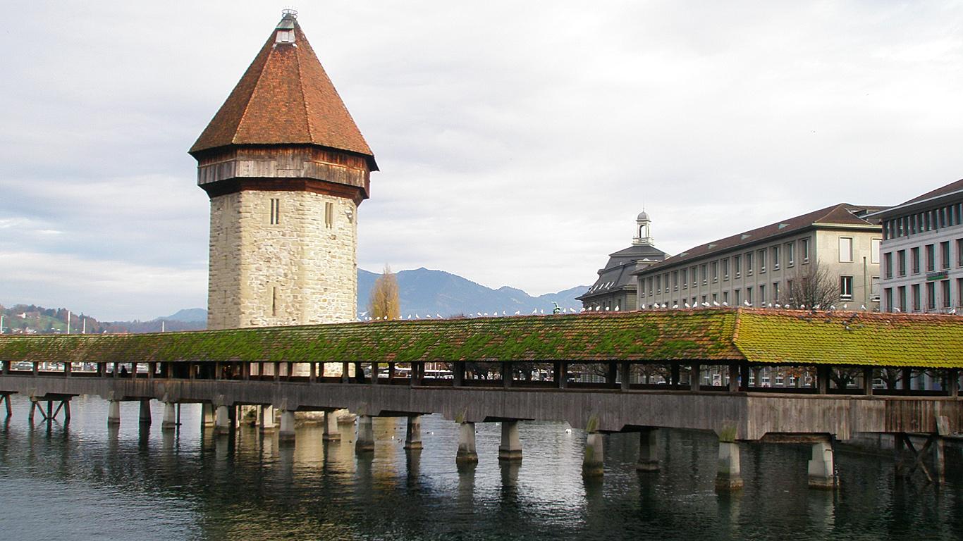 Вид с воды.Мост Капелльбрюкке