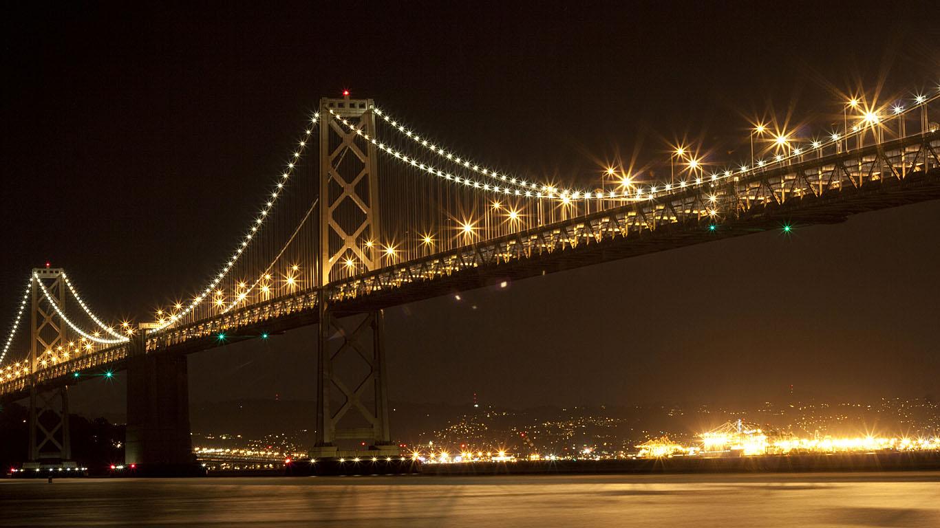 Мост из Сан-Франциско в Окленд ночью