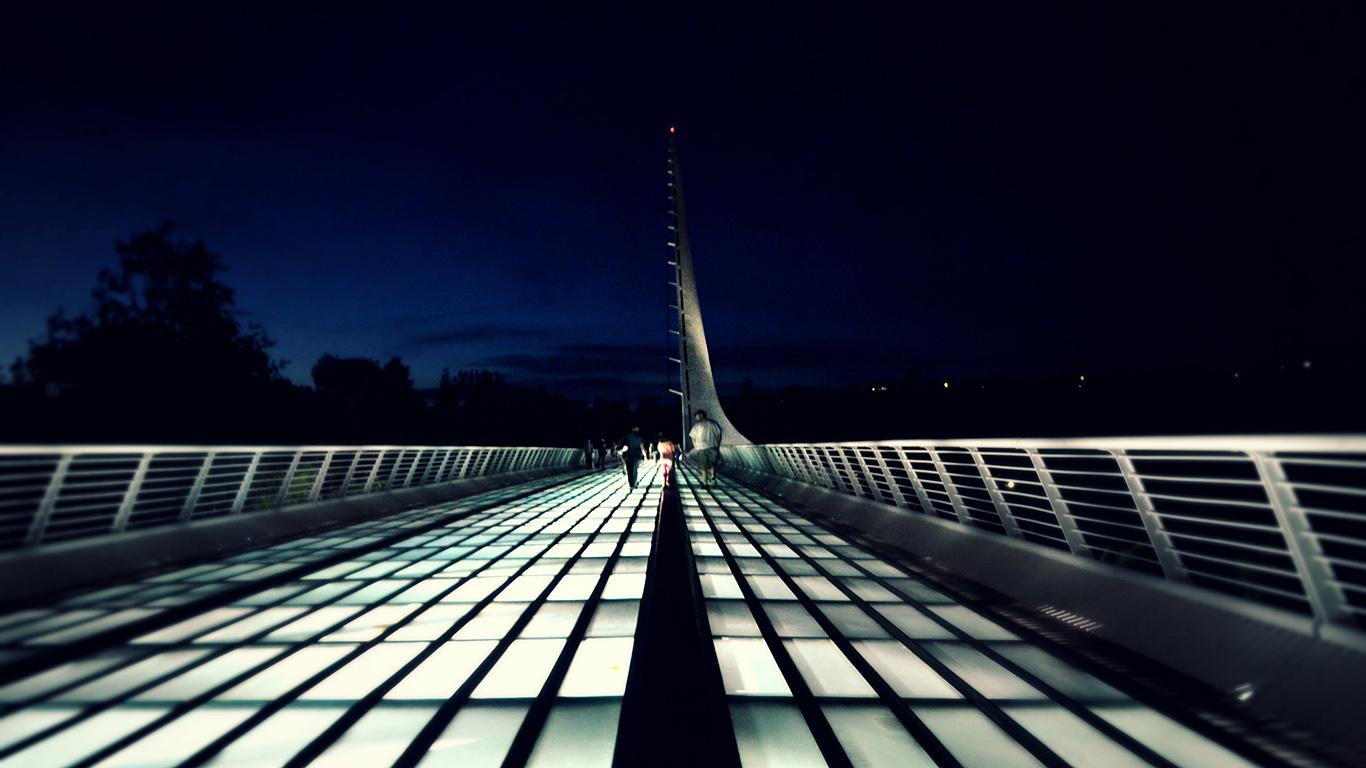 Ночью на мосту.Мост Сандиал