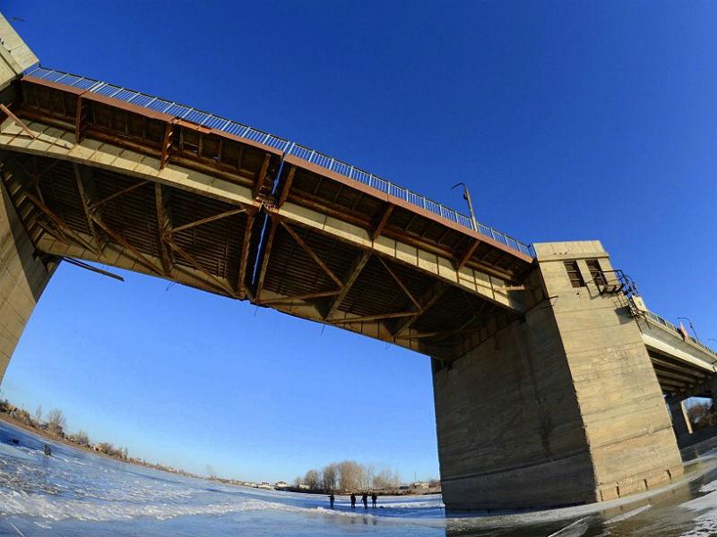 Кирикилинский мост в Астрахани